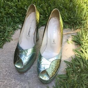 Terry de Havilland pumps